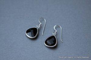 handmade onyx earrings