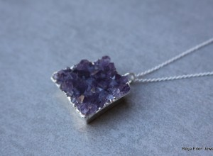 amethyst druzy necklace 300x220 Home