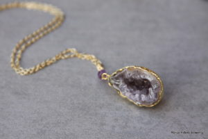 geode gold necklace