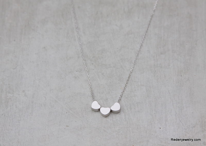 three silver hearts necklace