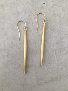 handmade gold spike earrings